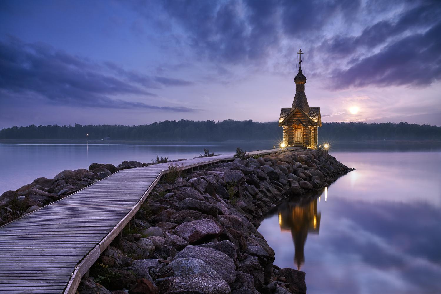 Chapel on the gulf by Nik & Alexandra