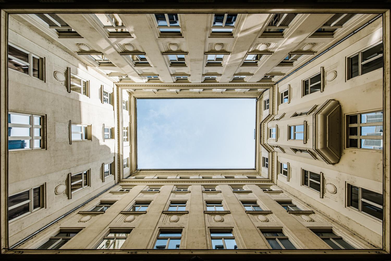 U/D by Zsolt Seres