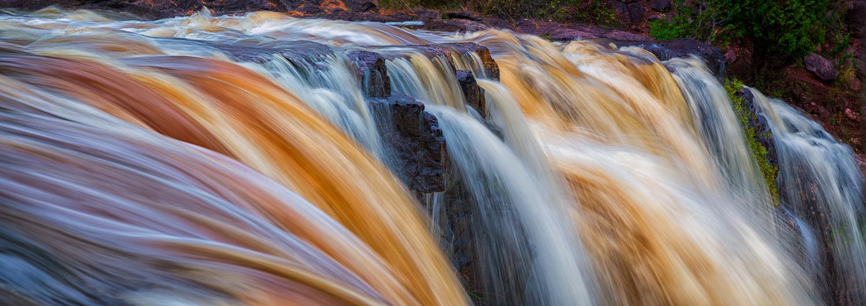 Waterfalls - 6x17 by Roger Applegate
