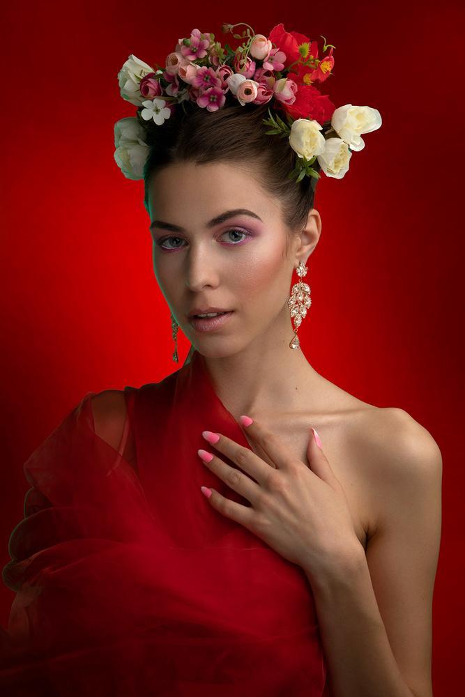Portrait with flowers by Nizar Hezhaz
