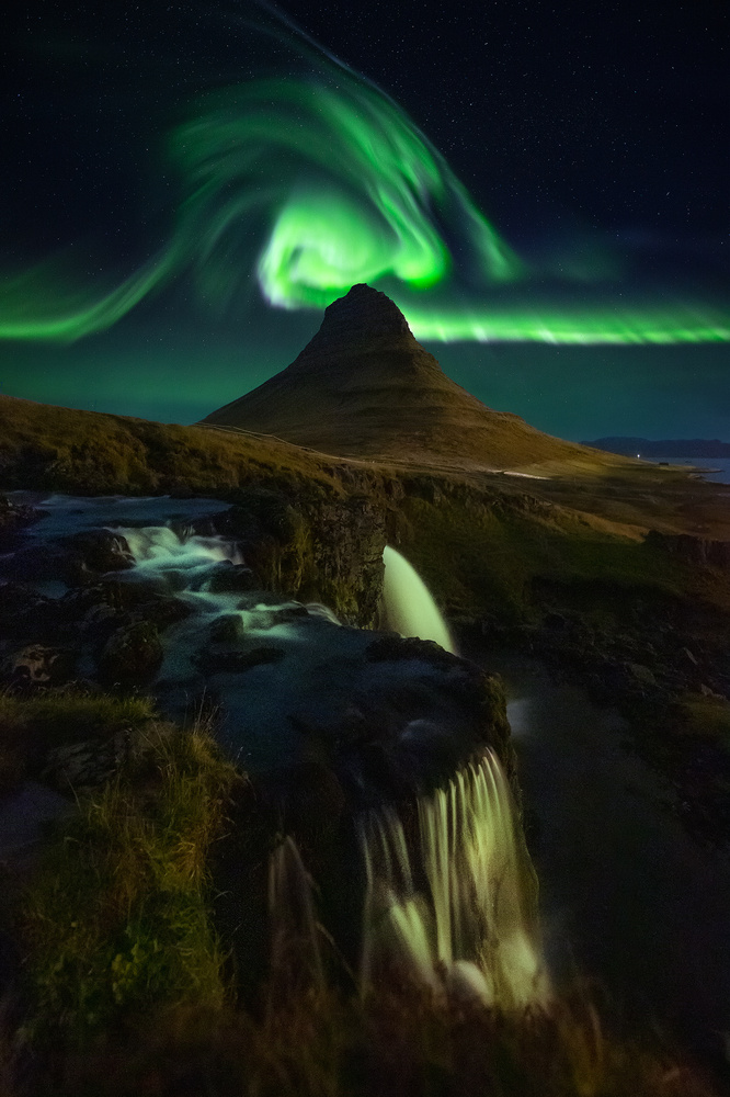 Sky Wave by Casey Flynn