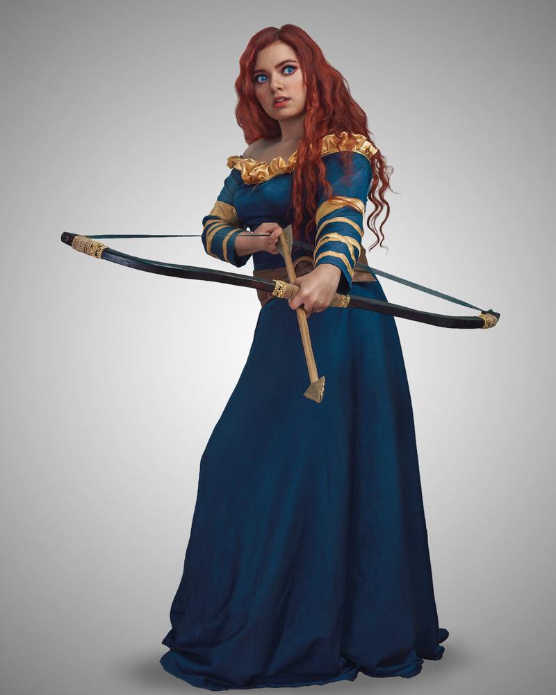 Brave Bow Hunting by Misrai Sierra
