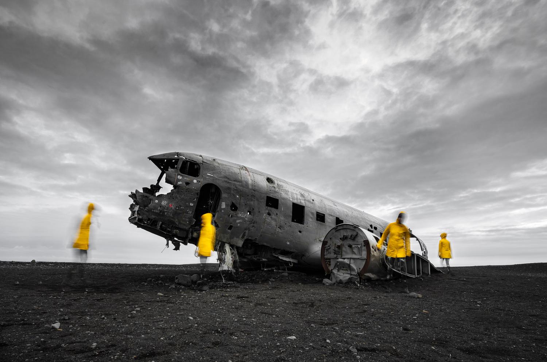 Yellow ghost by Maciej Karpinski