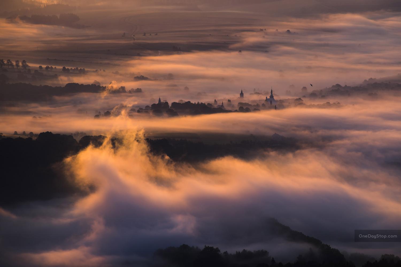 Morning fogs by Maciej Karpinski