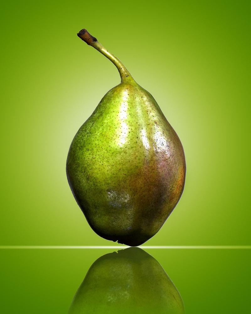 Pear by Panagiotis Tsiverdis