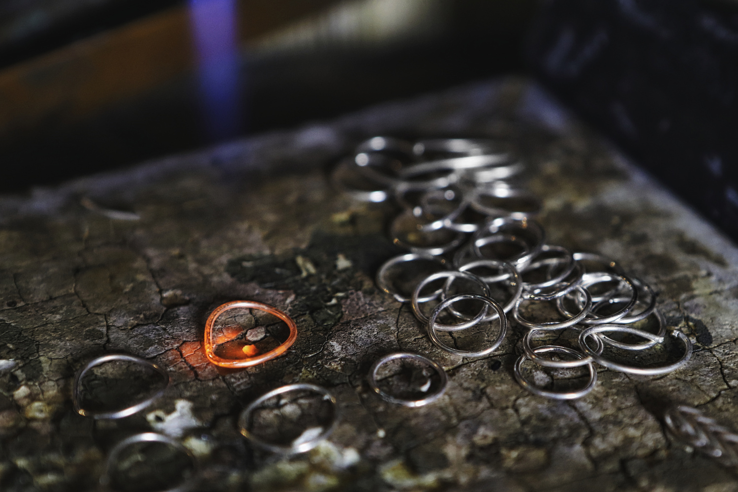 Crafting Chain Mail Links by Anthony Harden
