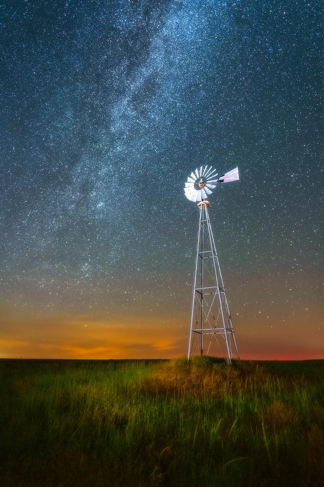 Galactic Mill by Daniel Gomez