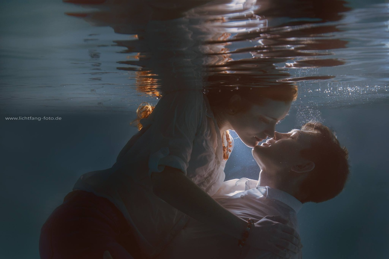 underwater kiss by Christian Zink