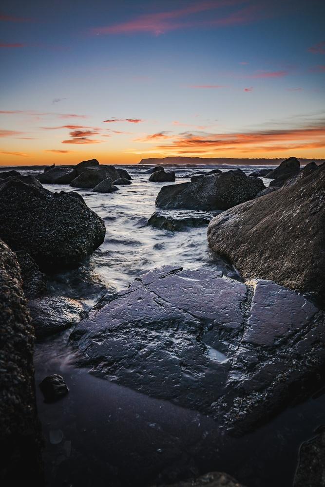 Rocky shore by Thomas Ferrari
