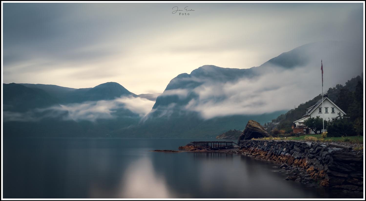 Peace by Jan Eide