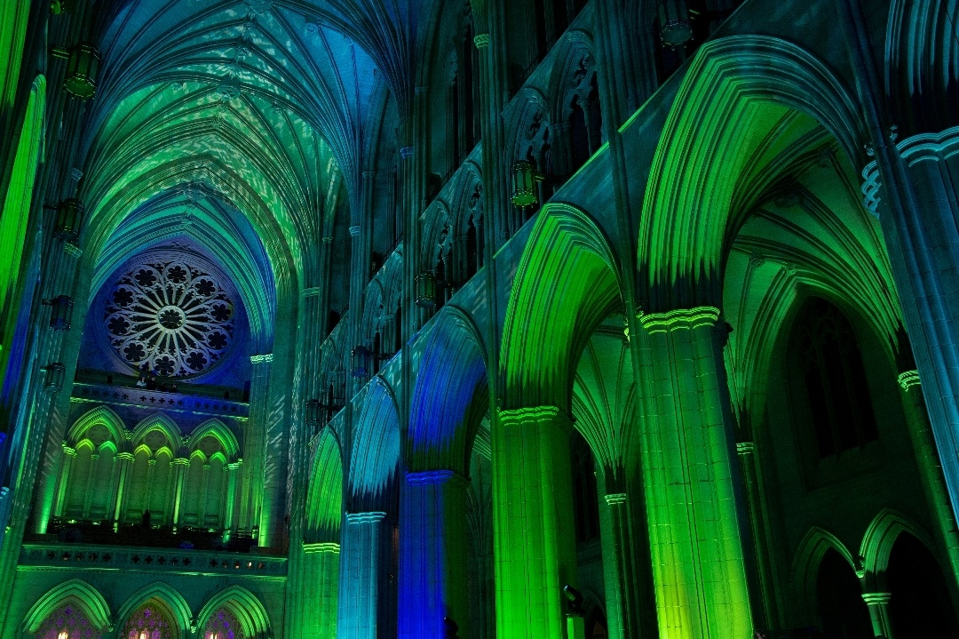 Washinton National Cathedral - Light show by Nate Pool
