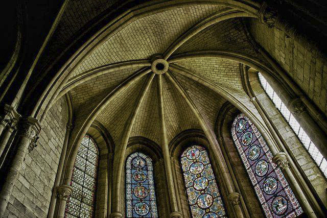Reims Cathedral by Guillermo Hakim