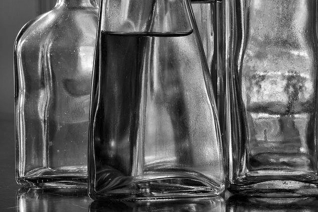 Light Refraction by Guillermo Hakim