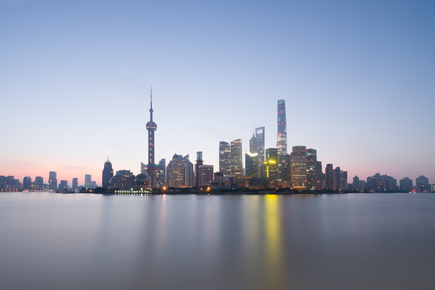Pudong skyline at sunrise, seen from the Bund 上海 by Léonard Rodriguez
