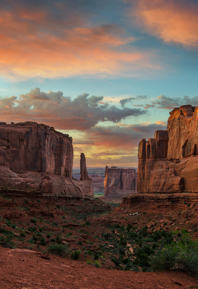 Park Avenue Sunset by Kendall Dirks