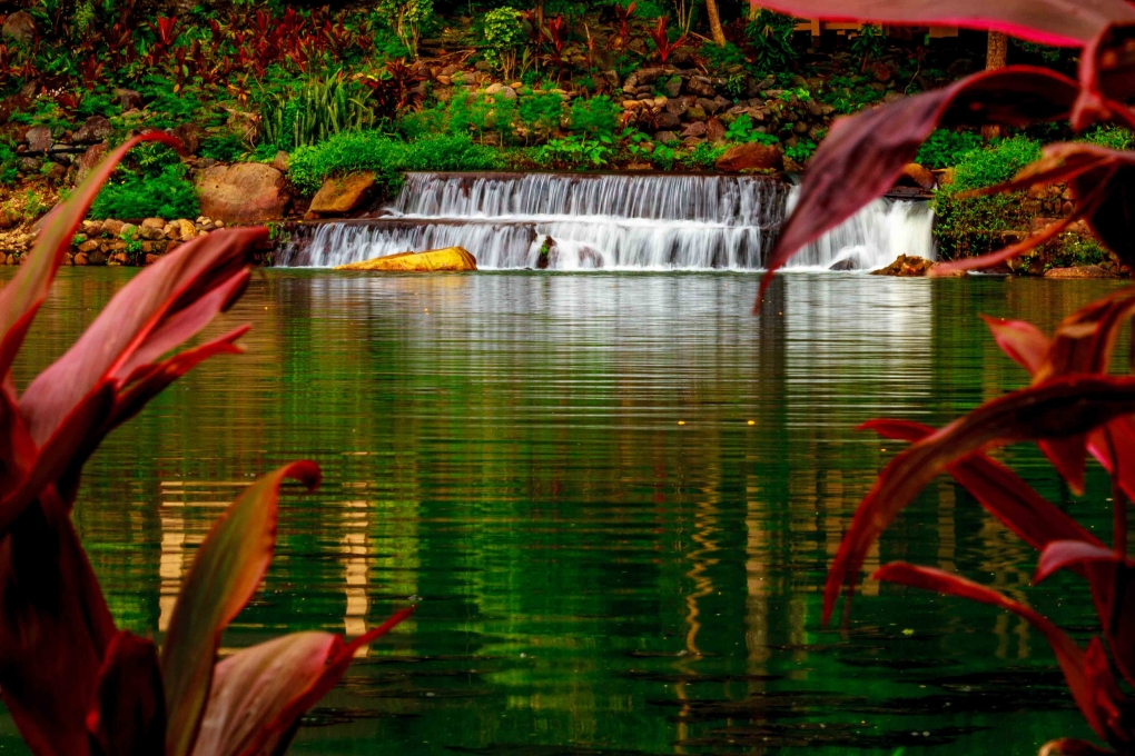 Lagoon.... by Ken Dunlop