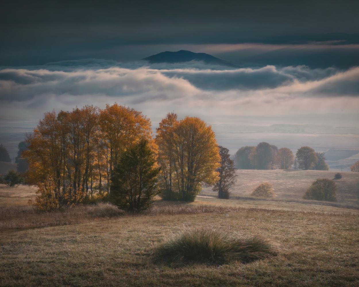 Rolling clouds by Radisa Zivkovic