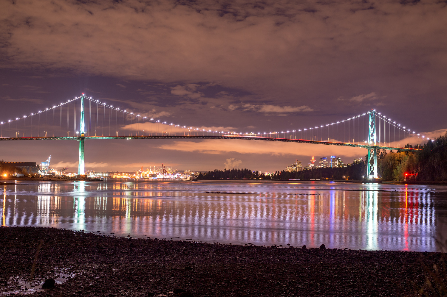 Lions gate Bridge by Pavel Gebrt