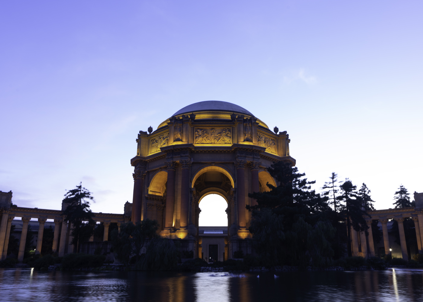Palace of Fine Arts - San Francisco by Eric Schultz