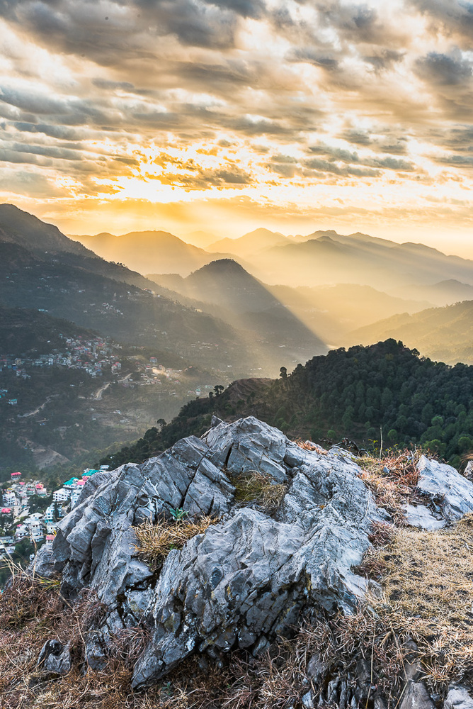Sunrise in Solan by Nils Heininger