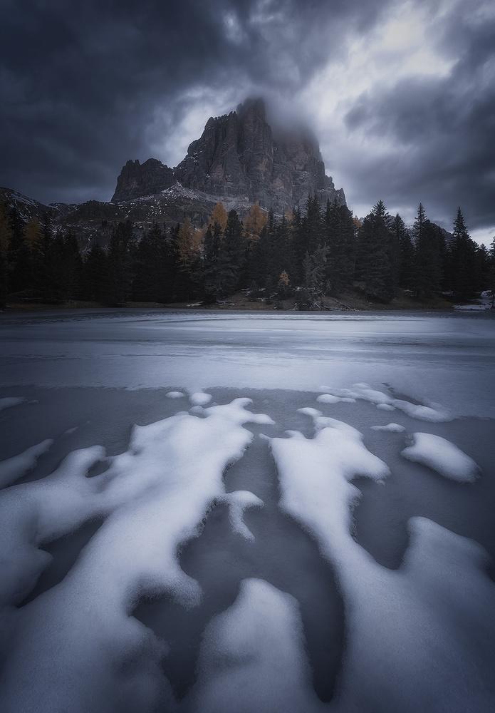 Dark & cold by Michele Buttazzoni