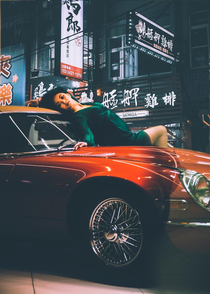 Back ally jaguar by Olen Hogenson