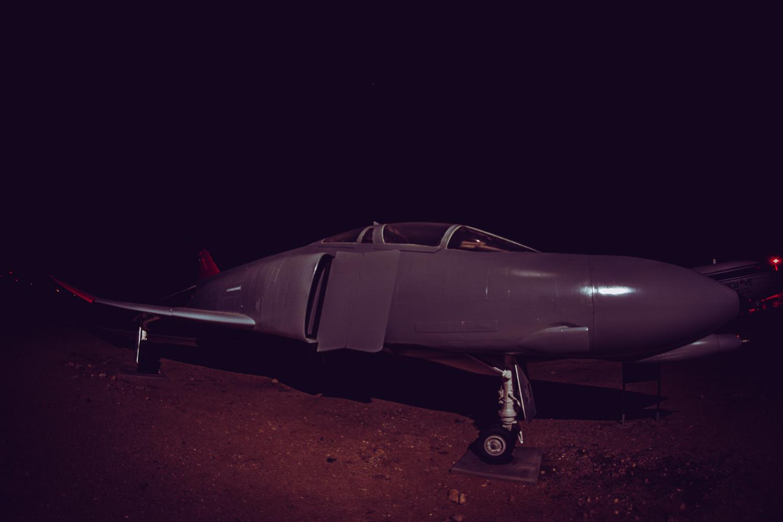 gray jet by Olen Hogenson
