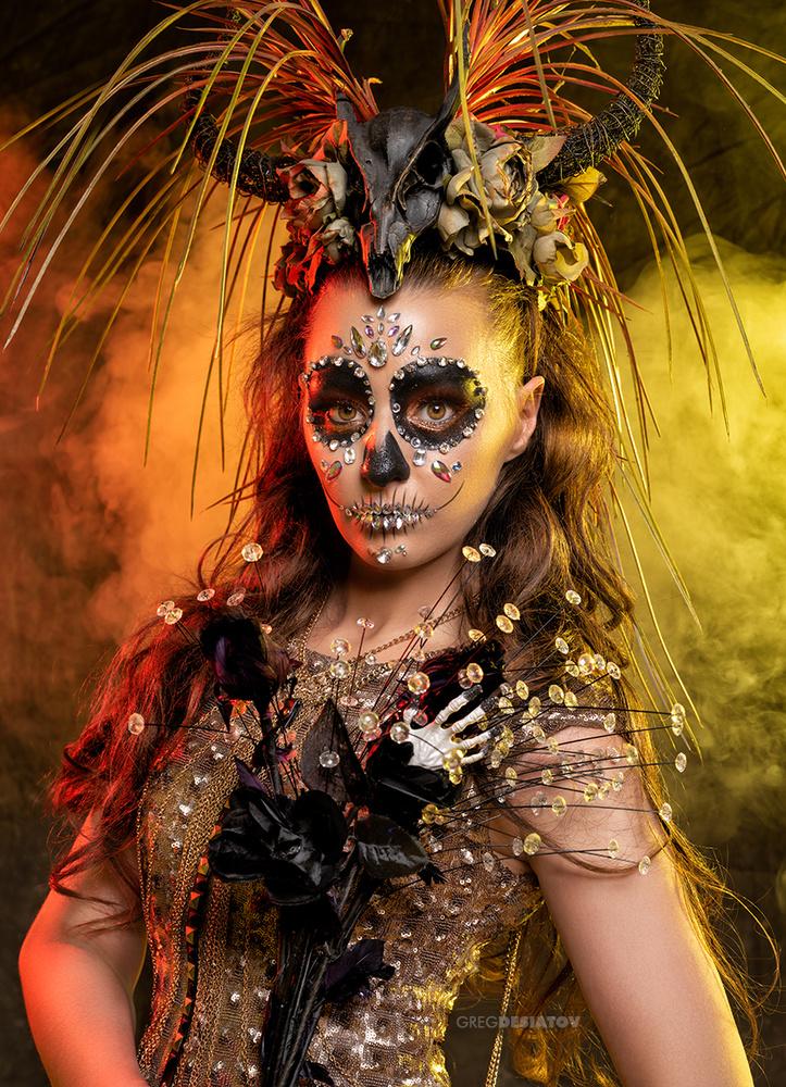 Rebecca Lee 02 - Crystal Skull by Greg Desiatov