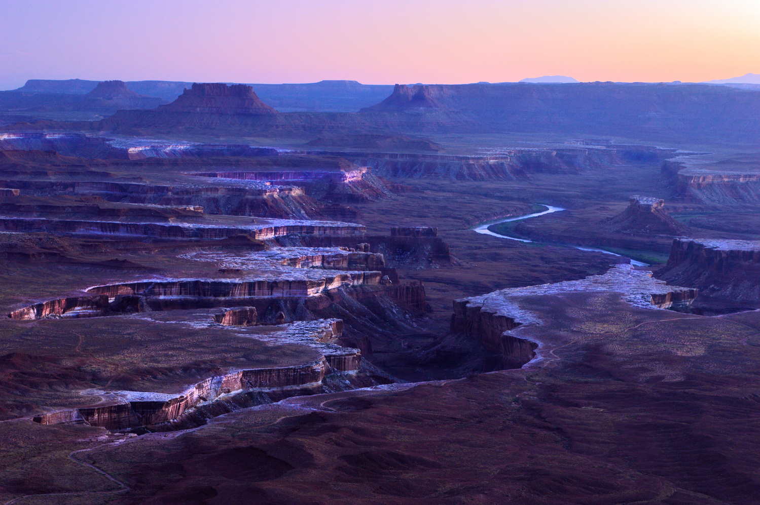 Green River Overlook Canyonlands by Thomas Herbst