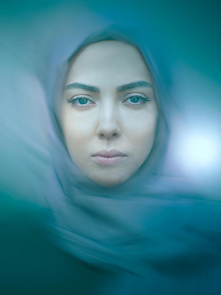 Leila Otadi by Poorya Rafiezade