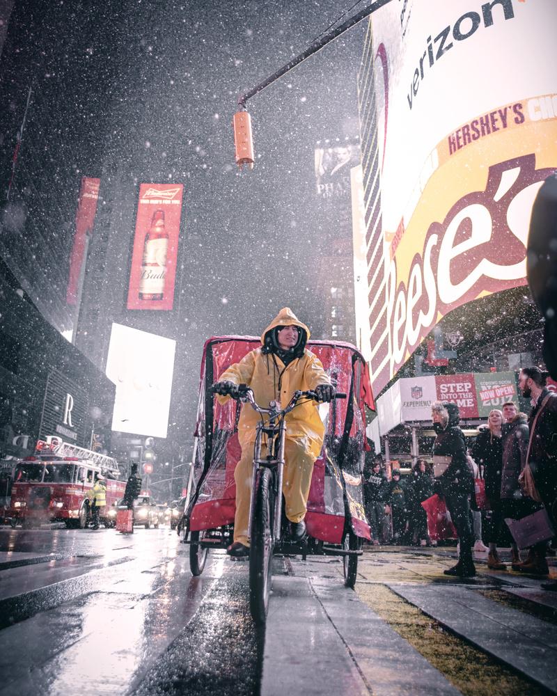 Snowy NYC by GARY CUMMINS