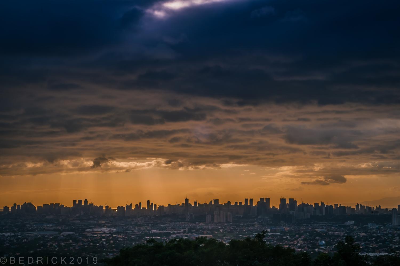 Manila City Scape by Richard Albesa Beduya