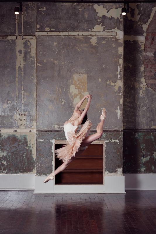 Jessica Fyfe  by Olivia Naumov
