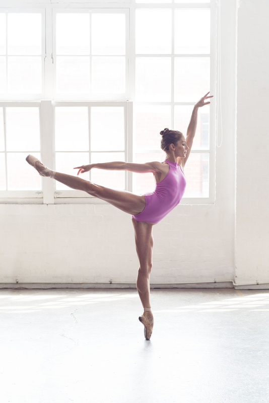 Georgia Taylor by Olivia Naumov