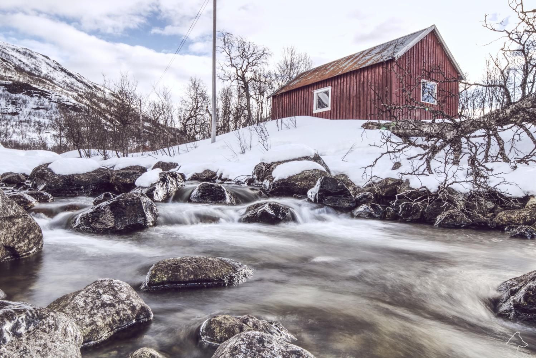 Norwegian Log Cabin by Michael Wolf