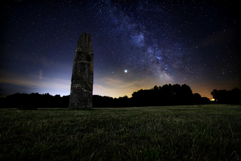 Milkyway, Saturn and Jupiter above the Gollenstein by Michael Wolf