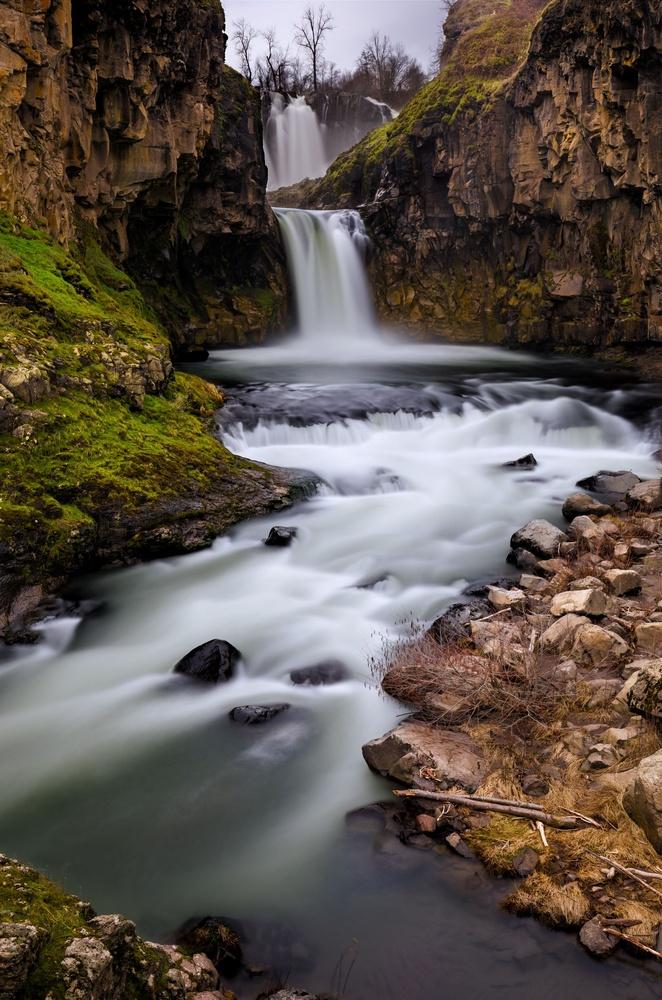 White River Falls by John Byrn