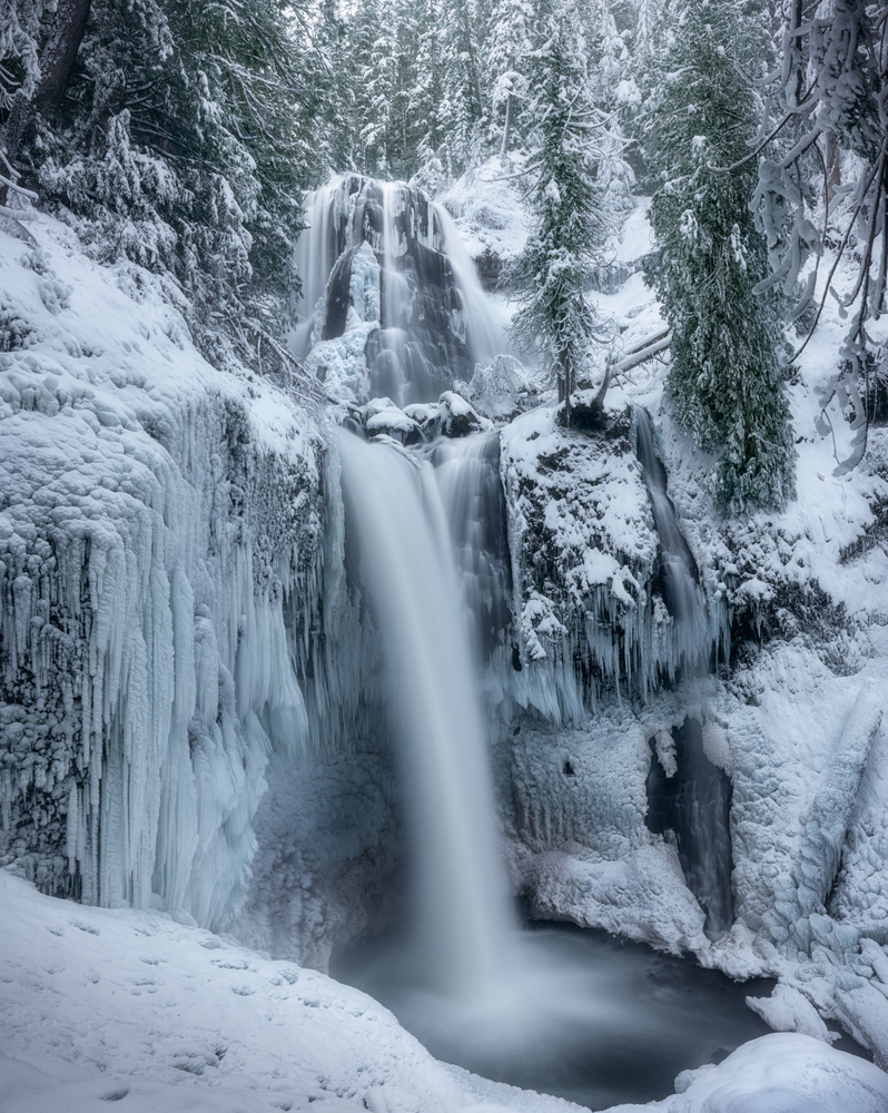 Frozen Cascade by John Byrn