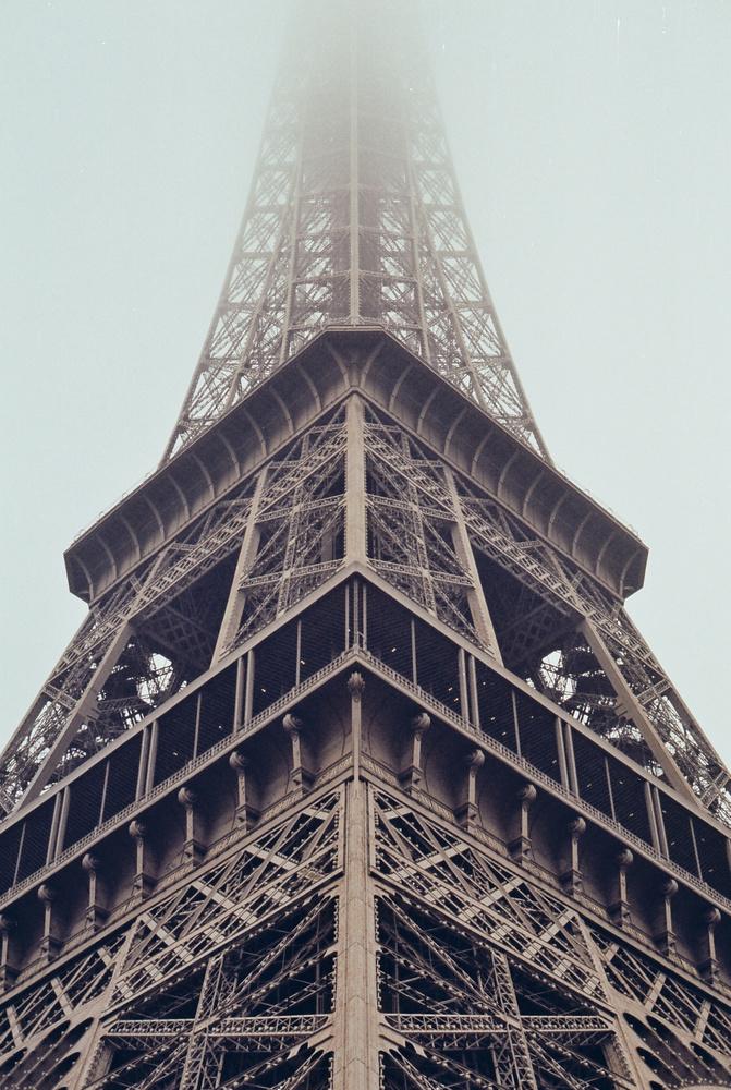 Eifel Tower by Joe Irving