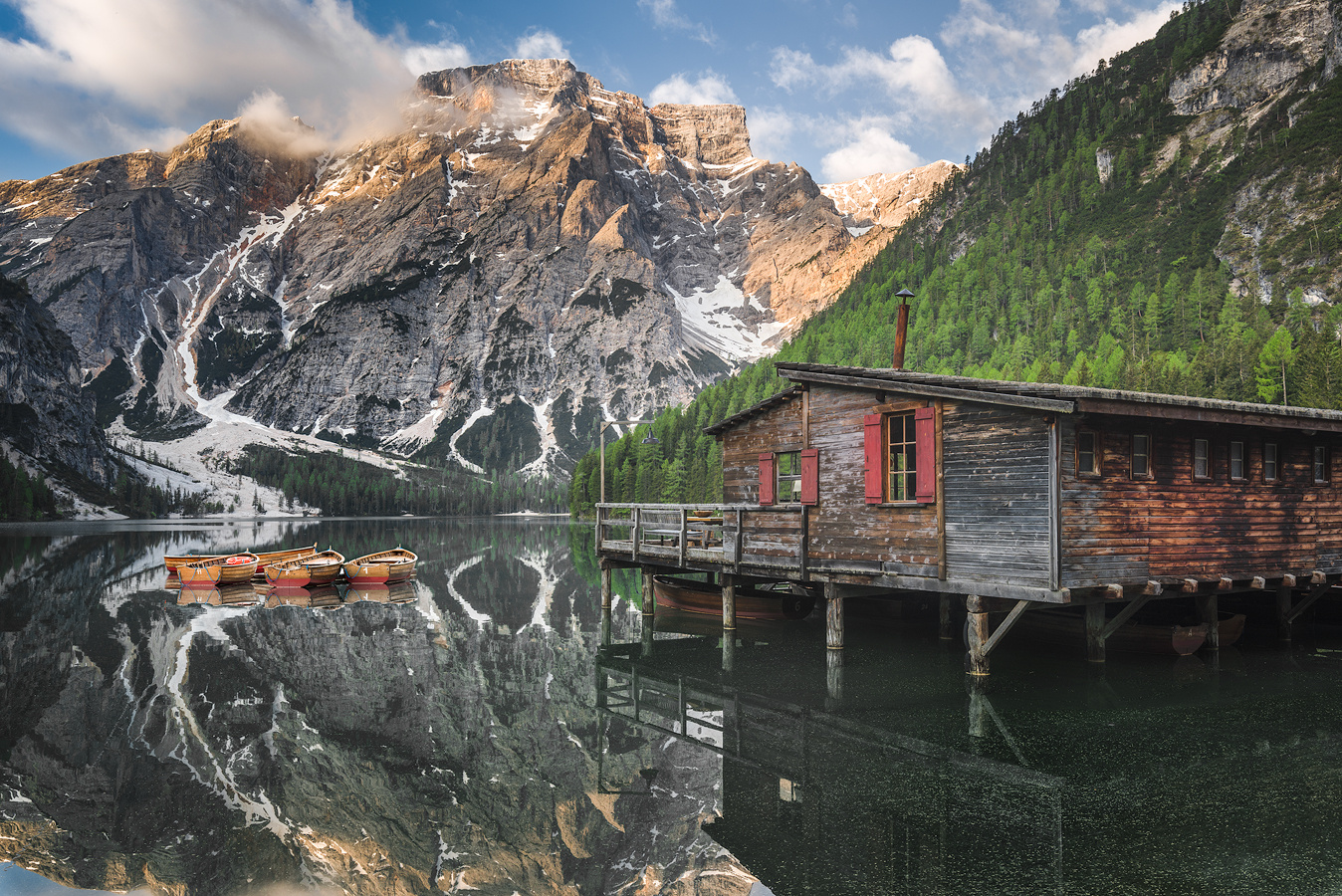 Lago di Braies by Ivo Kuzov