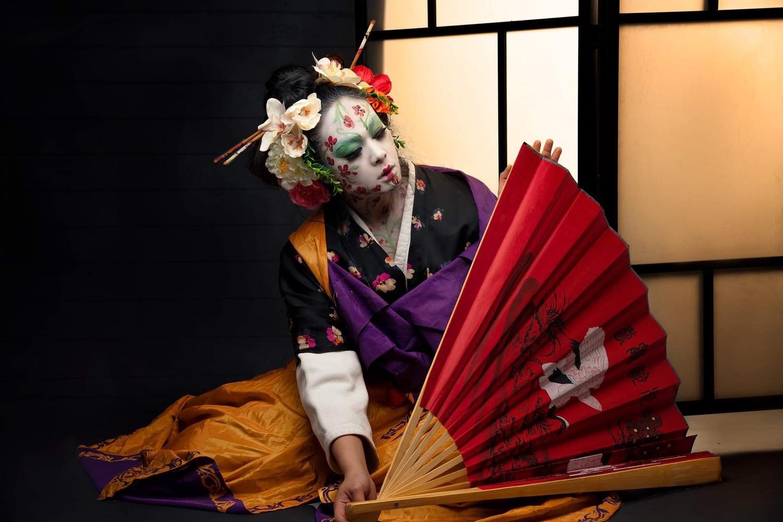 Geisha by Riccardo Faldi