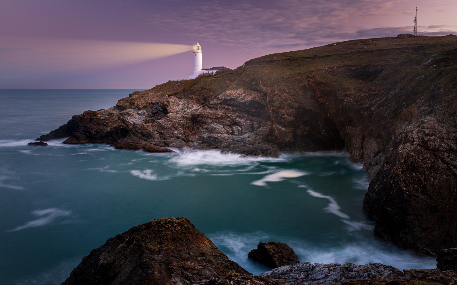 Trevose Light House by Keith Newman