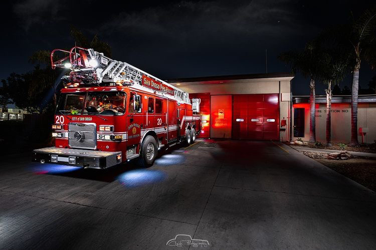 SDFD's Truck 20 by Creigh McIntyre