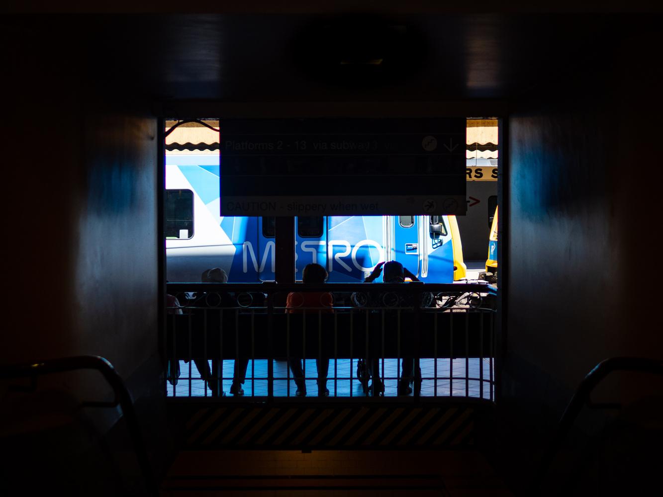 Metro train by Carl Dahren