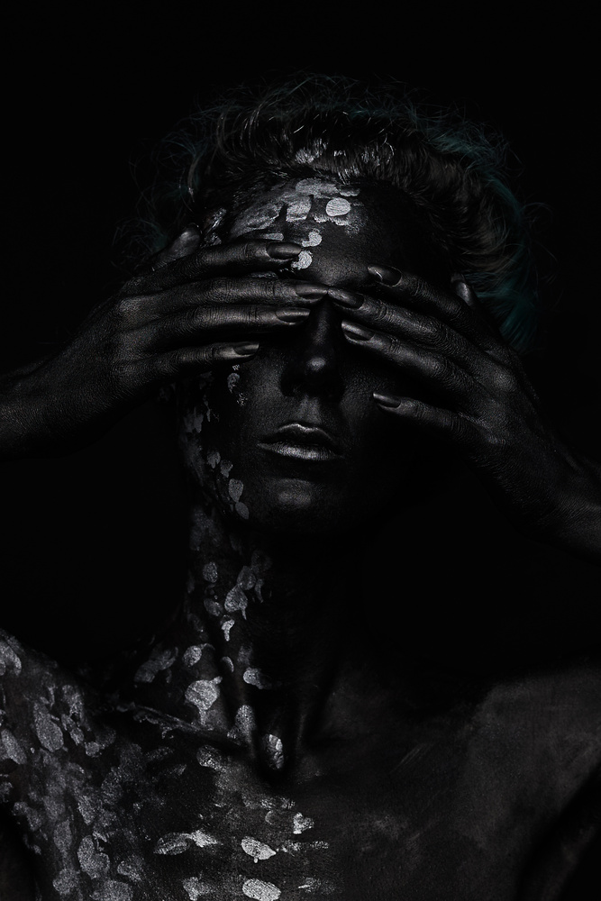 Under the Black Sun VI by Dmitry Shad