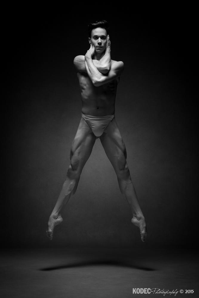 Balletboy by Koen De Clerck