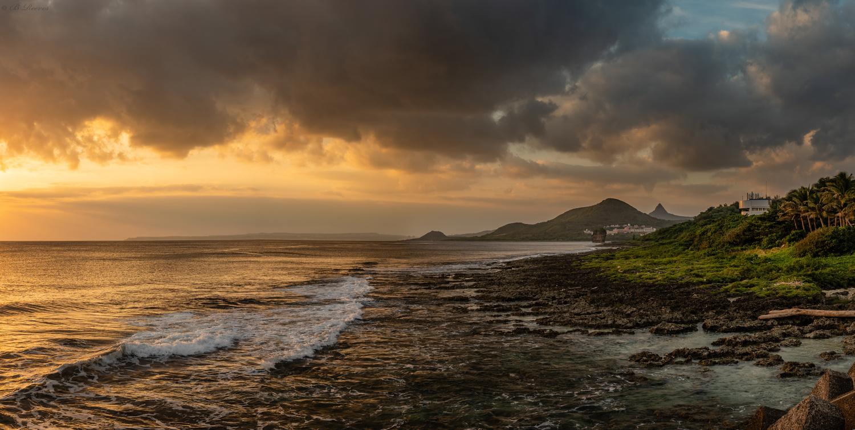 Kenting National Park Coastline by Brendan Reeves