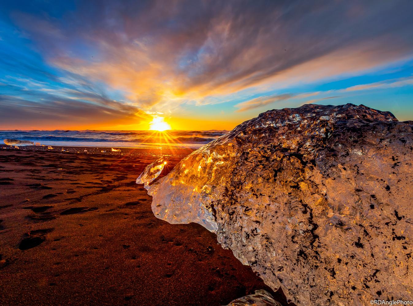 Diamond Beach by Richard Angle