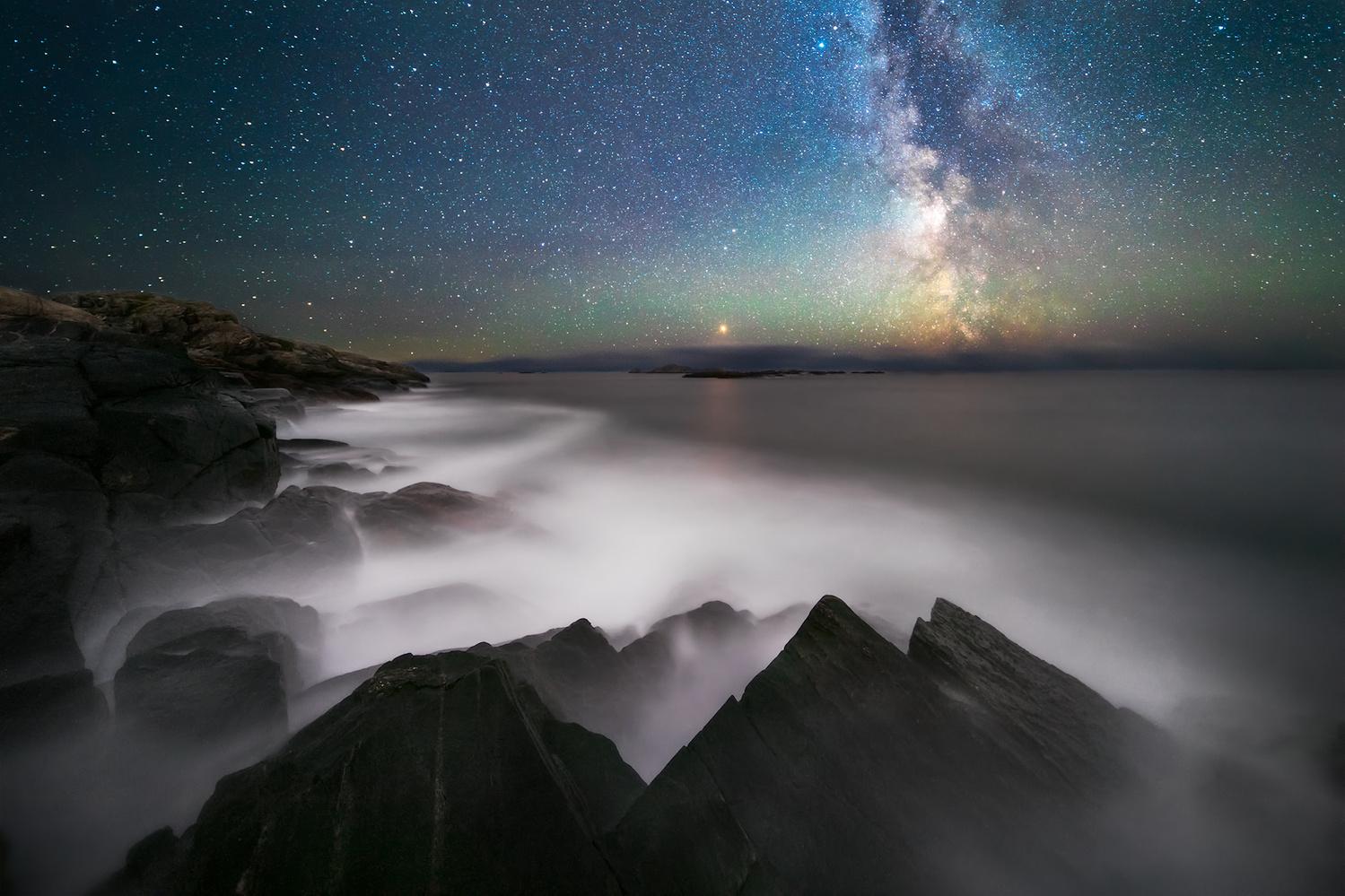 Waves at night by Marcin Kowalski
