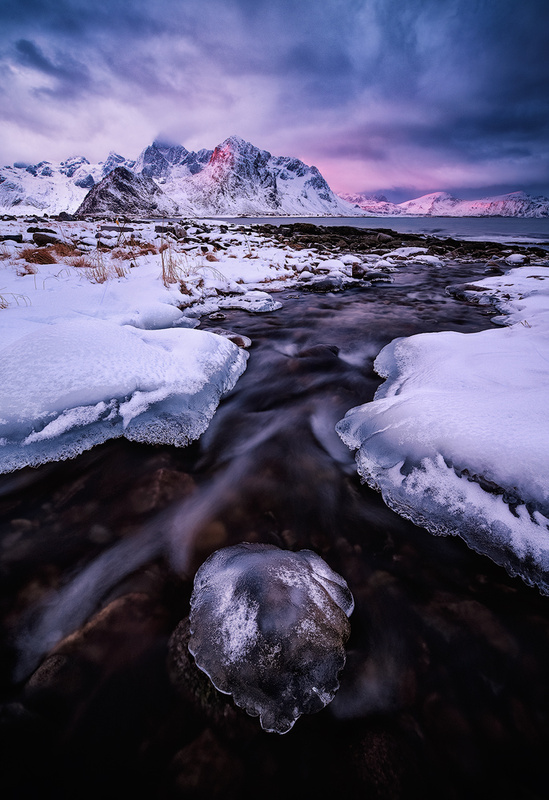 Icepearl by Felix Inden